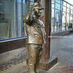 памятник бравому Щвейку